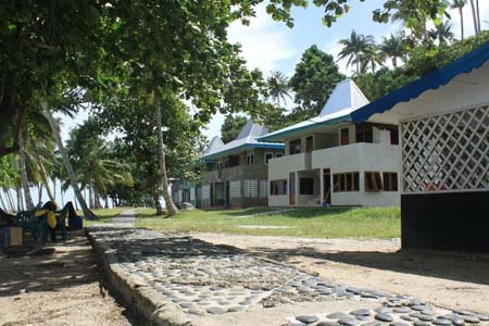 Randayan-Island-Home-Stay